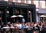 The Westbourne pub, Notting Hill, London. Crowds of Saturday lunch time drinkers on the pavement. 1990s  1999.