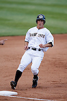 May 30, 2009:  Andy Dirks of the Erie Seawolves runs the bases during a game at Jerry Uht Park in Erie, PA.  The Seawolves are the Double-A Eastern League affiliate of the Detroit Tigers.  Photo By Mike Janes/Four Seam Images