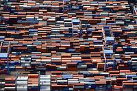 DEUTSCHLAND Hamburg Hafen Containerterminal Altenwerder CTA der HHLA<br />  /<br /> GERMANY Hamburg container harbour , CTA terminal