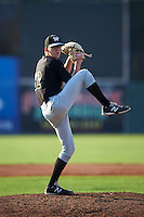 West Virginia Black Bears pitcher Brandon Waddell (62) delivers a pitch during a game against the Batavia Muckdogs on August 30, 2015 at Dwyer Stadium in Batavia, New York.  Batavia defeated West Virginia 8-5.  (Mike Janes/Four Seam Images)