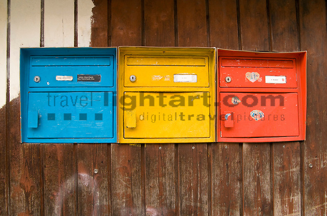 St. Gallen, Switzerland, Briefeinwurf, Briefkasten, Briefschlitz, Dinge, Gegenstand, Gegenstände, Postkasten, Sachen, letterbox, mailbox, mailboxes, objects, post box, post boxes, slot, things, colors, colours, Farben