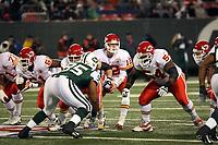 Quarterback Brodie Croyle (CHiefs)<br /> New York Jets vs. Kansas City Chiefs<br /> *** Local Caption *** Foto ist honorarpflichtig! zzgl. gesetzl. MwSt. Auf Anfrage in hoeherer Qualitaet/Aufloesung. Belegexemplar an: Marc Schueler, Am Ziegelfalltor 4, 64625 Bensheim, Tel. +49 (0) 6251 86 96 134, www.gameday-mediaservices.de. Email: marc.schueler@gameday-mediaservices.de, Bankverbindung: Volksbank Bergstrasse, Kto.: 151297, BLZ: 50960101