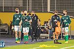 12.09.2020, Ernst-Abbe-Sportfeld, Jena, GER, DFB-Pokal, 1. Runde, FC Carl Zeiss Jena vs SV Werder Bremen<br /> <br /> Auswechselspieler Bremen kommen zur Bank mit CORONA Gesichtsmaske<br /> Nick Woltemade (werder Bremen #41)<br /> Davy Klaassen (Werder Bremen #30)<br /> Johannes Eggestein (Werder Bremen #24)<br /> Günther / Guenther Stoxreiter (Athletik-Trainer Werder Bremen)<br /> Dr. Daniel Hellermann (Mannschaftsarzt Werder Bremen)<br /> <br /> <br /> <br />  <br /> <br /> <br /> Foto © nordphoto / Kokenge