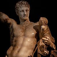 Ermes di Prassitele - Museo archeologico di Olimpia (Grecia) Patrimonio Unesco