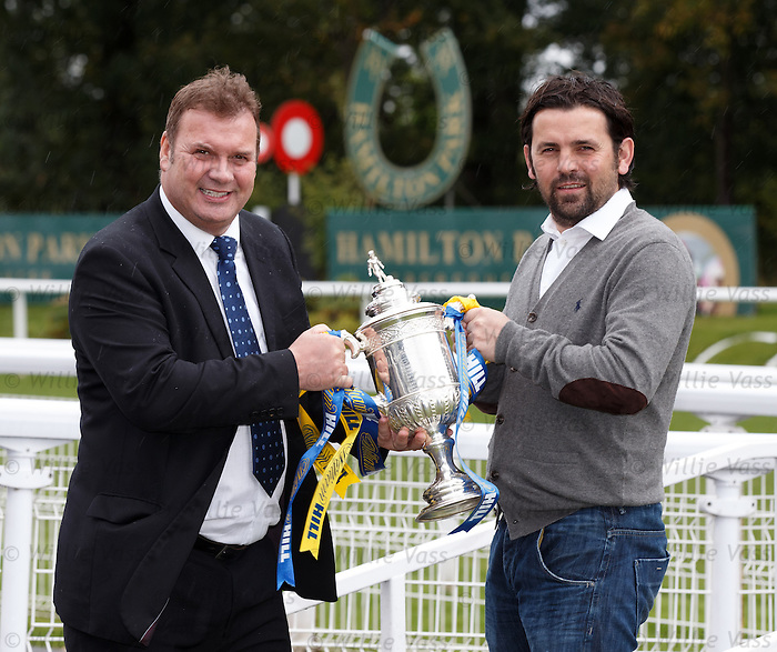 Derek Johnstone and Paul Hartley with the Scottish Cup