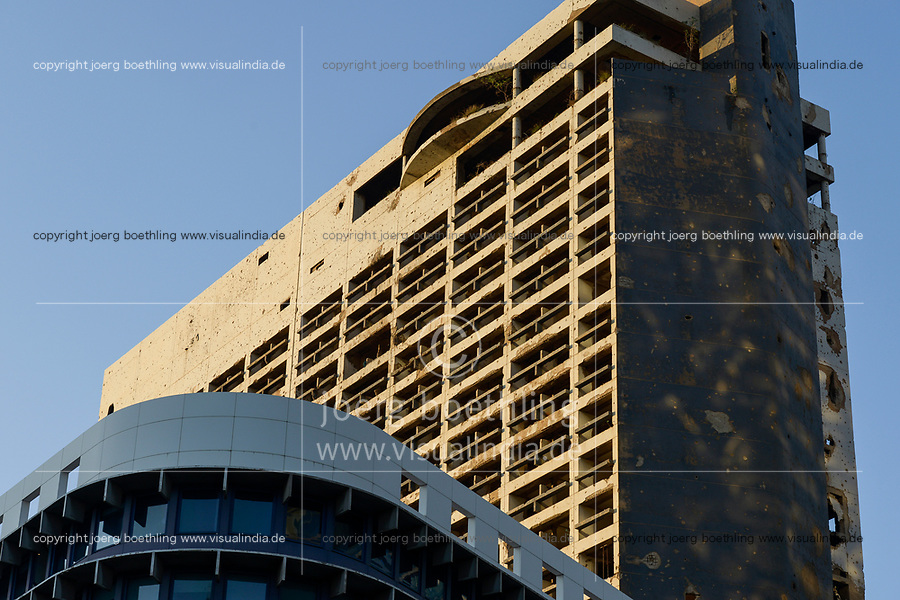 LEBANON, Beirut, war ruins , destroyed Hotel Holiday Inn / LIBANON, Beirut, im Krieg zerstoertes Hotel Holiday Inn