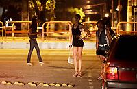 PA - MORTE TRANSEXUAL/REPERCUSSAO BELEM - GERAL - FOTO EMBARGADA PARA VEÍCULOS ESTADO DO PARÁ. <br /> Na noite de sababo em varios ponto de prostituicao no centro de belem onde os travesti que fazem ponto ,falam da morte do travesti que foi encontrado morto na Itália e que foi pivô de um escândalo sexual que derrubou governador Piero Marrazzo é o paraense Wandell Mendes Paes, de 32 anos. ontem, a autópsia confirmou que o travesti Brenda, como Wandell era chamado, morreu por asfixia ao inalar fumaça em seu apartamento, que pegou fogo. O corpo do travesti foi encontrado carbonizado na madrugada de sexta-feira em Roma e sem sinais de lesões físicas, segundo a autópsia.<br /> <br /> Foto TARSO SARRAF/AE/AE