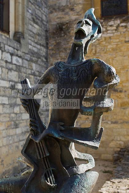 Europe/France/Midi-Pyrénées/46/Lot/Les  Arques: Sur la place de l'église Saint-Laurent - Bronze de Zadkine: Arlequin Hurlant 1956 - Mention Obligatoire - Copyright ADAGP - Droit à verser ADAGP