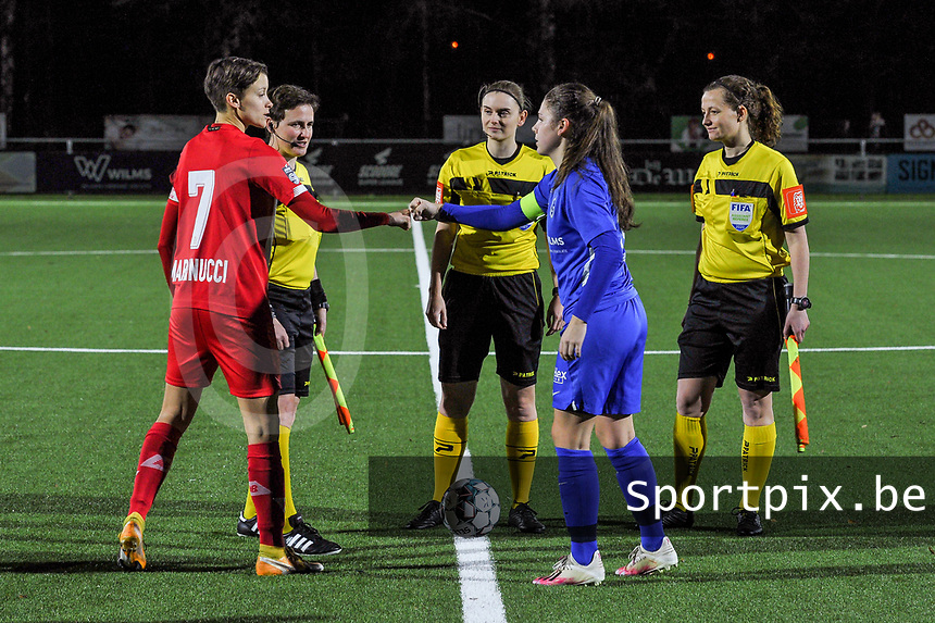 Maurane Marinucci (7) of Standard , assistant referee Ella De Vries , referee Viki De Cremer , assistant referee Joline Delcroix and Sien Vandersanden (10) of KRC Genk pictured before a female soccer game between  Racing Genk Ladies and Standard Femina on the 13 th matchday of the 2020 - 2021 season of Belgian Scooore Womens Super League , friday 5 th of february 2021  in Genk , Belgium . PHOTO SPORTPIX.BE | SPP | STIJN AUDOOREN
