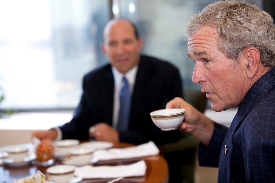 President George W. Bush and Howard Lutnick