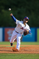 Kingsport Mets starting pitcher Erik Manoah (25) in action against the Elizabethton Twins at Hunter Wright Stadium on July 9, 2015 in Kingsport, Tennessee.  The Twins defeated the Mets 9-7 in 11 innings. (Brian Westerholt/Four Seam Images)