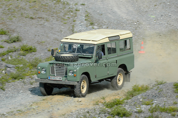 Austria, Boesenstein Offroad Classic, Hohentauern, Steiermark, 25-26.06.2005. Thomas Bauer, Serie 3 109 Station Wagon LWB 4cyl Petrol, KR527AN. --- No releases available. Automotive trademarks are the property of the trademark holder, authorization may be needed for some uses.