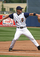 August 17, 2003:  Shaun Larkin of the Lake County Captains, Class-A affiliate of the Cleveland Indians, during a South Atlantic League game at Classic Park in Eastlake, OH.  Photo by:  Mike Janes/Four Seam Images