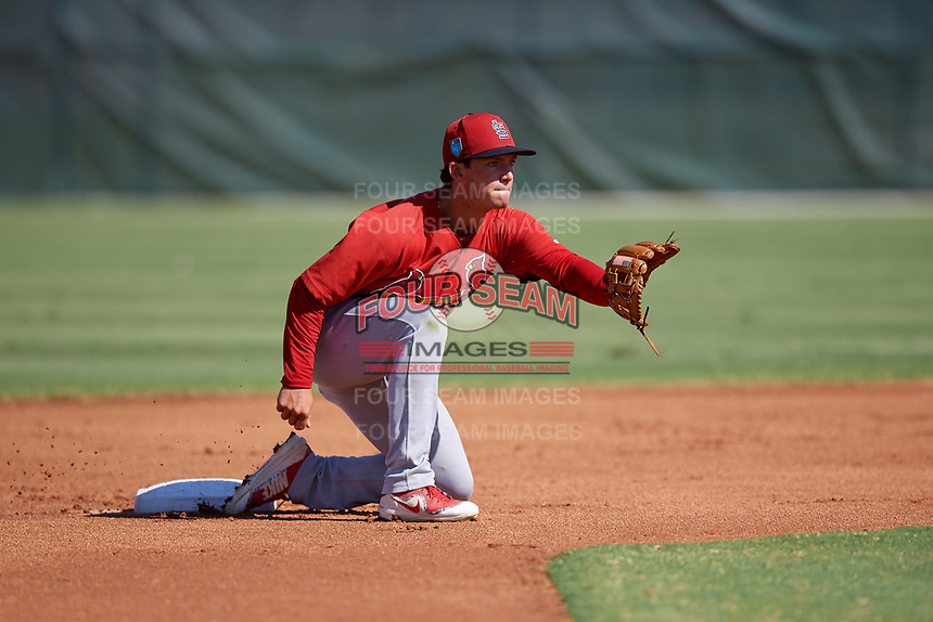 GCL Cardinals second baseman Josh Shaw (5) waits to receive a throw during a game against the GCL Nationals on August 5, 2018 at Roger Dean Chevrolet Stadium in Jupiter, Florida.  GCL Cardinals defeated GCL Nationals 17-7.  (Mike Janes/Four Seam Images)