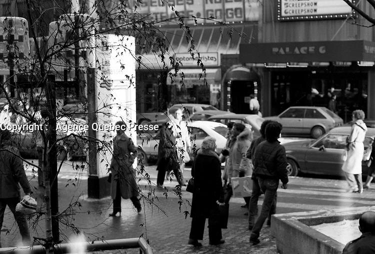 1983 file photo - Montreal, Quebec, CANADA -  street photography on Sainte-Catherine street