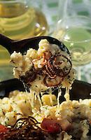 """Europe/Autriche/Tyrol/Absam: Kaesspaertzle -Pâtes au fromage ,  Recette de la gasthof """"Walderbrucke"""""""