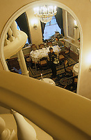 "Europe-Asie/Russie/Saint-Petersbourg : Salle de restaurant ""The Noble Nest"""
