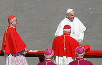 Papa Francesco saluta alcuni cardinali al termine della messa di Pasqua in Piazza San Pietro, Citta' del Vaticano, 27 marzo 2016.<br /> Pope Francis greets some cardinals at the end of the Easter Mass in St. Peter's Square, Vatican, 27 March 2016.<br /> UPDATE IMAGES PRESS/Isabella Bonotto<br /> <br /> STRICTLY ONLY FOR EDITORIAL USE<br /> <br /> *** ITALY AND GERMANY OUT ***