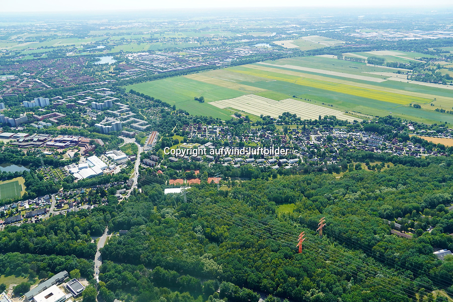 Ladenbeker Fuhrtweg Bergedorfer Strasse B5 Verkehrsanbindung Oberbillwerder: EUROPA, DEUTSCHLAND, HAMBURG, (EUROPE, GERMANY), 23.06.2020: Ladenbeker Fuhrtweg Bergedorfer Strasse B5 Verkehrsanbindung Oberbillwerder