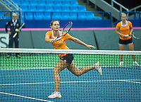 Moskou, Russia, Februari 4, 2016,  Fed Cup Russia-Netherlands,  Dutch team practise doubles Cindy Burger and Richel Hogenkamp (R) with coach Martin Bohm<br /> Photo: Tennisimages/Henk Koster