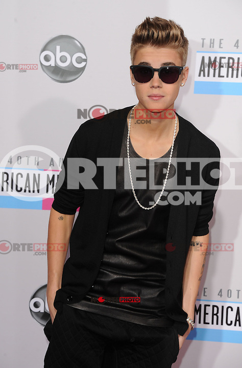 LOS ANGELES, CA - NOVEMBER 18: Justin Bieber at The 40th Annual American Music Awards at The Nokia Theater LA Live, in Los Angeles, California. November 18, 2012. Photo by: mpi99/MediaPunch Inc. NortePhoto
