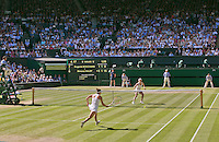 England, London, 28.06.2014. Tennis, Wimbledon, AELTC, Semifinal match between Eugenie Bouchard and Simone Halep, overall view<br /> Photo: Tennisimages/Henk Koster