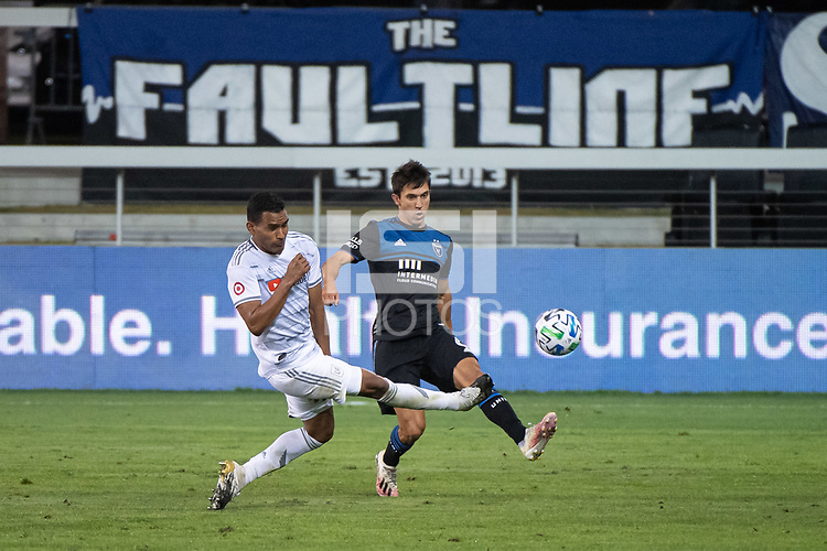 SAN JOSE, CA - NOVEMBER 04: Eddie Segura #4 of the Los Angeles FC and Shea Salinas #6 of the San Jose Earthquakes battle for the ball during a game between Los Angeles FC and San Jose Earthquakes at Earthquakes Stadium on November 04, 2020 in San Jose, California.