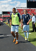 August 18, 2012: Sporting KC forward Teal Bunbury #9 in action during the warm-up in an MLS game between Toronto FC and Sporting Kansas City at BMO Field in Toronto, Ontario Canada..Sporting Kansas City won 1-0.