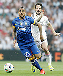 Real Madrid's Isco (r) and Juventus' Arturo Vidal during Champions League 2014/2015 Semi-finals 2nd leg match.May 13,2015. (ALTERPHOTOS/Acero)
