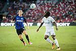 Chelsea Midfielder Victor Moses (R) in action during the International Champions Cup 2017 match between FC Internazionale and Chelsea FC on July 29, 2017 in Singapore. Photo by Weixiang Lim / Power Sport Images