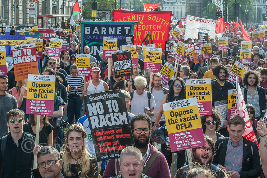 A huge Police opertion is mounted in central London to keep apart a march by the racist Democratic Football Lads Alliance and counter protests by Stand Up To Racism, Unite Against Fascism and the Ant Fascist Network.. 13-10-18