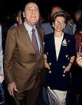ALBERTO SORDI CON ANNA FENDI<br /> PREMIO VIA CONDOTTI - ROMA 1993