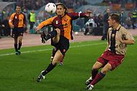 Roma 26 Febbraio 2002<br /> Champions League 2 Turno<br /> Roma - Barcellona 3-0<br /> Aggancio aereo di Francesco Totti
