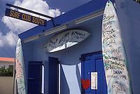 AJ2423, St. Martin, Caribbean, Caribbean Islands, Surf Club South Bar & Restaurant in Grand Case on the island of Saint Martin (french part).