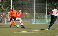 Kevin Marguardt (Biebesheim) mit der Chance gegen Marvin Bojand (Haßloch) - Rüsselsheim 27.09.2020: TV Haßloch vs. Olympia Biebesheim II, B-Liga