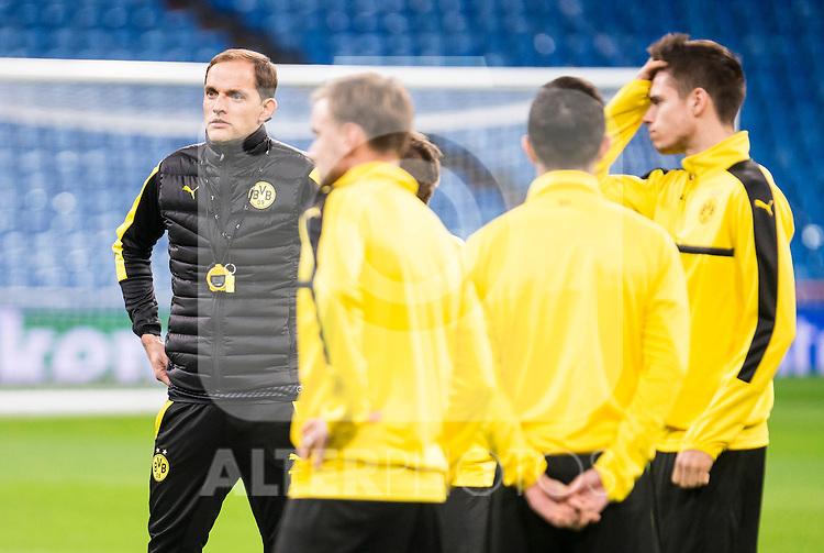 Borussia Dortmund's coach Thomas Tuchel during official training of Borussia Dortmund before the Champions League match between Real Madrid and Borussia Dortmund at Santiago Bernabeu Stadium in Madrid, Spain. December 06, 2016. (ALTERPHOTOS/BorjaB.Hojas)