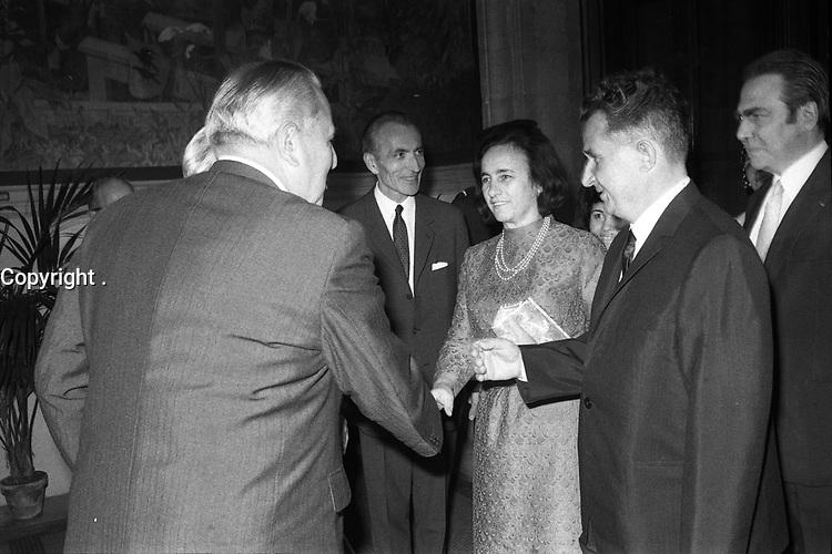. Le 17 Juin 1970. Vue de Monsieur et Madame Ceausescu,président de la Roumanie en visite au Capitole.