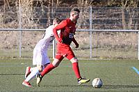 Andreas Adamek (SV Unter-Flockenbach) am Ball - 25.02.2018: SKV Büttelborn vs. SV Unter-Flockenbach, Gruppenliga Darmstadt