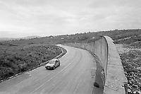 - September 1990, Irpinia reconstruction after the earthquake of 1980, new road in Lioni<br /> <br /> - settembre 1990, ricostruzione in Irpinia dopo il terremoto del 1980, nuova strada a Lioni