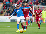 Aberdeen v St Johnstone…14.09.19   Pittodrie   SPFL<br />Michael O'Halloran holds off Zak Vyner<br />Picture by Graeme Hart.<br />Copyright Perthshire Picture Agency<br />Tel: 01738 623350  Mobile: 07990 594431