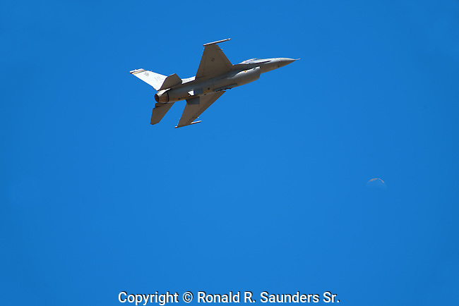 AIR FORCE JET FIGHTER<br /> (22)