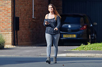 2018 09 26 Woman in Neath, UK