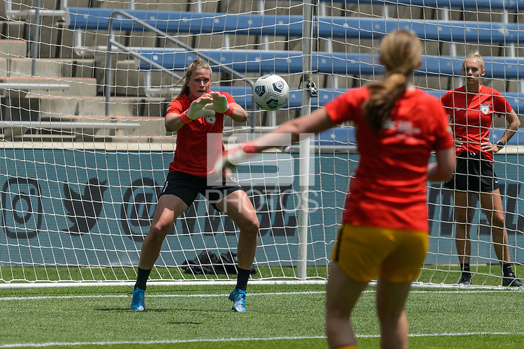 BRIDGEVIEW, IL - JUNE 5: Alyssa Naeher #1 of the Chicago Red Stars warms up before a game between North Carolina Courage and Chicago Red Stars at SeatGeek Stadium on June 5, 2021 in Bridgeview, Illinois.