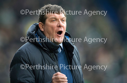 St Johnstone v Celtic…05.02.17     SPFL    McDiarmid Park<br />Tommy Wright shouts at the linesman<br />Picture by Graeme Hart.<br />Copyright Perthshire Picture Agency<br />Tel: 01738 623350  Mobile: 07990 594431