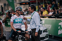 yesterdays winner Ian Stannard (GBR/SKY) catching up with other former Britisch Champion Tim Harris before the race start<br /> <br /> Stage 8: London to London (77km)<br /> 15th Ovo Energy Tour of Britain 2018