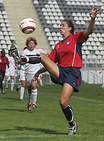 MAR 9, 2006: Faro, Portugal:  USWNT midfielder (7) Shannon Boxx takes a first touch on the ball while playing China at the Algarve Cup in Faro, Portugal. Mandatory Credit: Photo By Brad Smith-International Sports Images. (c) Copyright 2006 Brad Smith