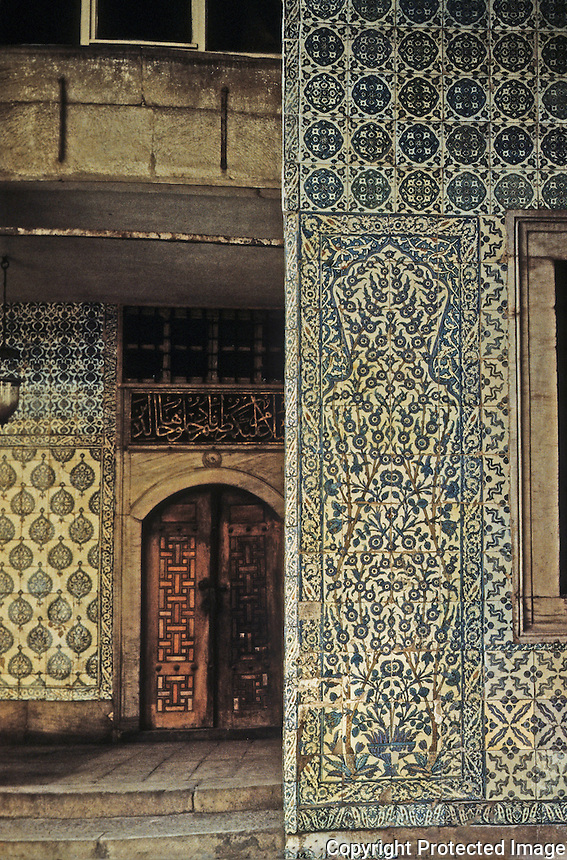 Topkapi Palace:  Istanbul. Entrance to apartments of the Chief of the White Eunuchs. 17th century tilework.  THE TOPKAPI  SARAY MUSEUM; ARCHITECTURE--THE HAREM AND OTHER BUILDINGS.