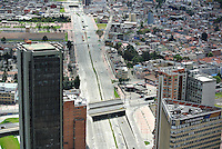 BOGOTÁ -COLOMBIA. Aspecto panorámico del centro de la ciudad de Bogotá, Colombia./ Panoramic aspect of downtown Bogota, Colombia. Photo: VizzorImage/ Str