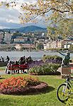 Switzerland, Ticino, Lugano: view from Parco Civico towards Lugano Old Town | Schweiz, Tessin, Lugano: vom Parco Civico hat man einen schoenen Blick auf die Stadt