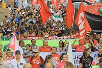 MANAUS, AM, 22.03.2019: PROTESTO-MANAUS. Protesto contra a reforma da Previdência, na tarde desta sexta-feira (22), na praça Heliodoro Balbi, conhecida como praça da Polícia, no centro de Manaus, zona sul. A caminha seguiu pela avenida Eduardo Ribeiro até a praça da Matriz.<br /> Foto: Sandro Pereira/Codigo19